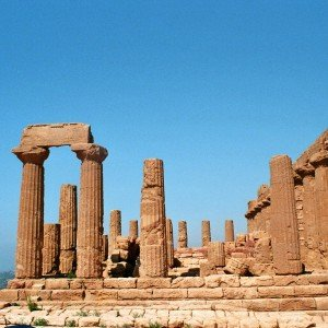 Valle-Dei-Templi-Sicily-Best-Places-to-Visit-in-Italy.jpg